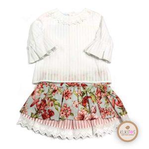 Conjunto blusa blanca Falda flores rojas