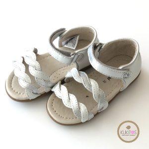 Sandalia de piel vestir